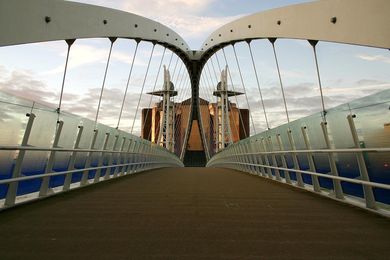 manchester-inbound-marketing-agency-bridge-noon